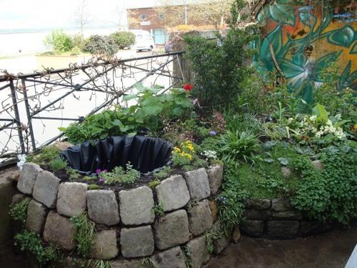 Le mini bassin de terrasse de marine - Bassin balcon terrasse le mans ...