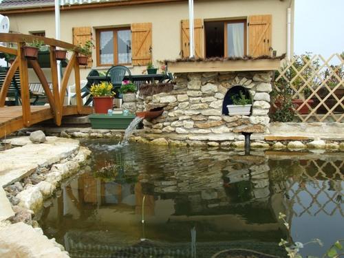Filtre maison pour bassin top piscine debordement mer for Filtre bassin maison
